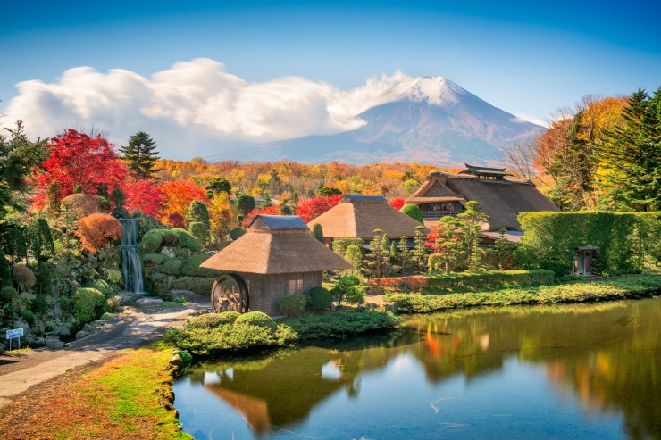 Oshino-Hakkai-xe-dua-don-nhat-ban.jpg